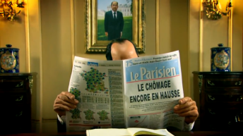 Satirical TV show 'Les Guignols de l'Info' depicts François Hollande reading about growing unemployment. Credit: YouTube
